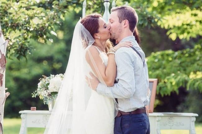 Barn-Wedding-Chandelier featured