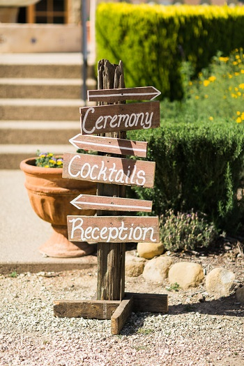 Wood direction sign for outoor rustic wedding