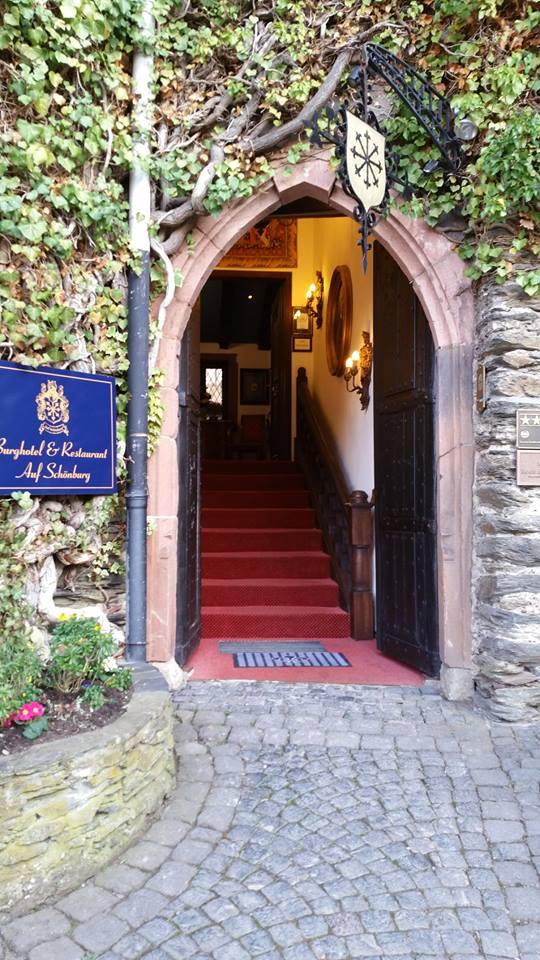 entrance door to Castle Schoenburg