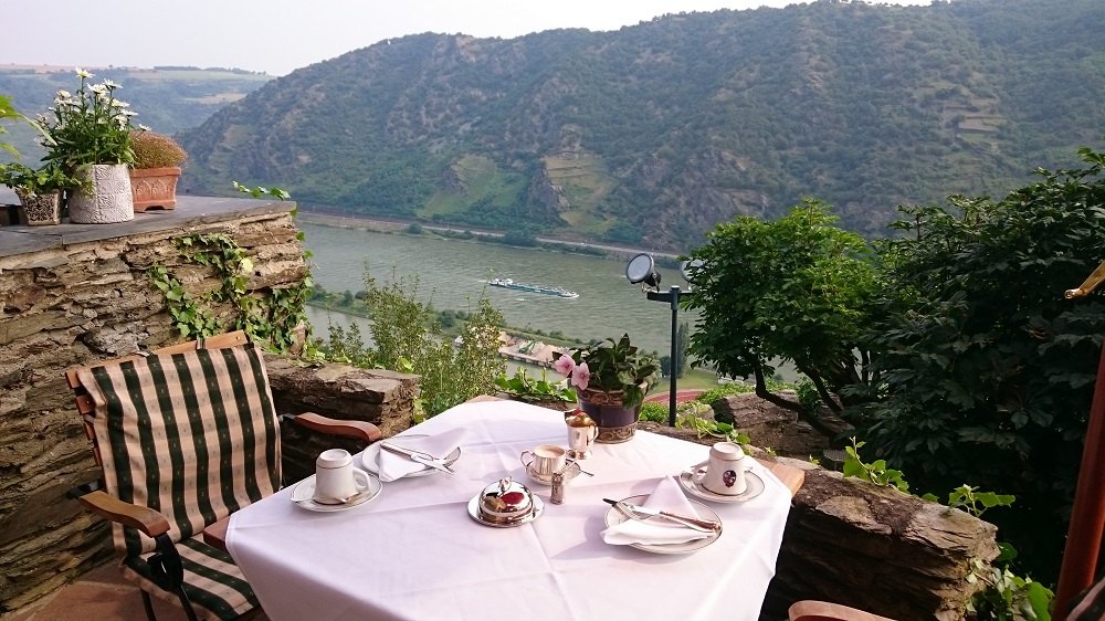 view of rhine river at Castlehotel Schönburg breakfast