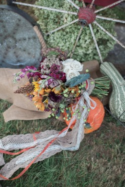 gourds-and-bouquet-on-ground