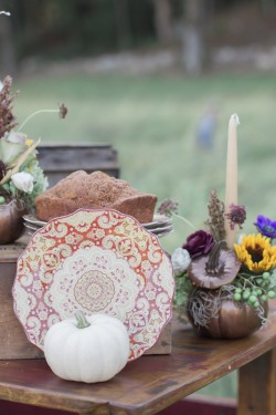 pumpkin-styled-shoot-table-scape