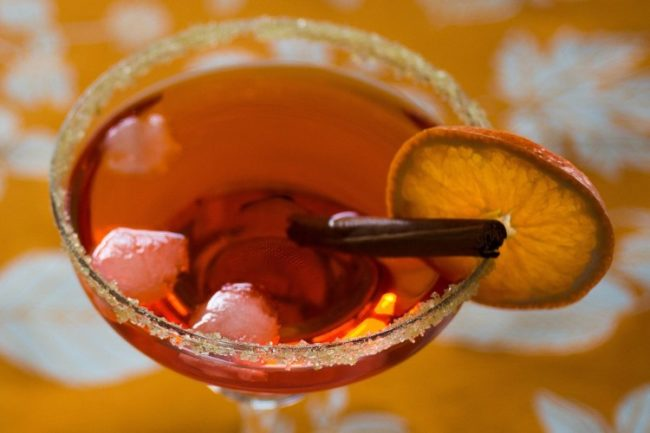 citrus and aperol cocktail for wedding