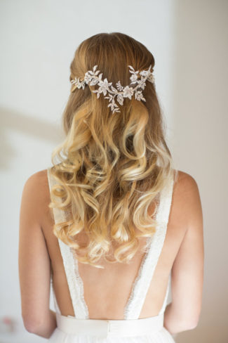 16 Stunning Bridal Headpiece Alternatives To A Veil