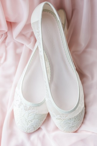 white lace bridal slippers