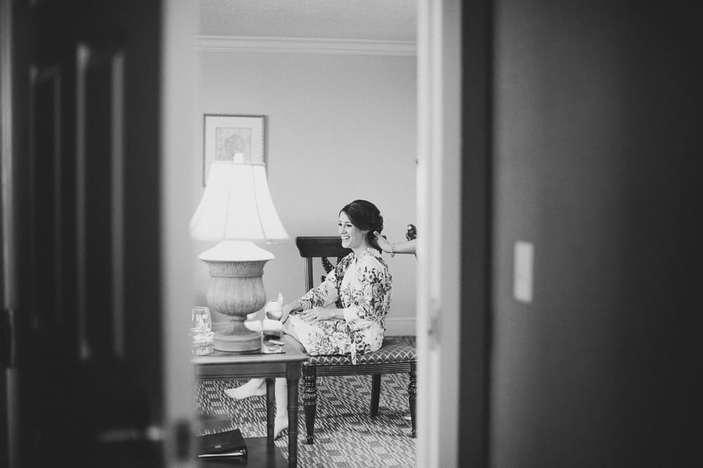 bride getting ready on the morning of her wedding