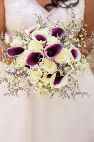 whit and dark purple bouquet