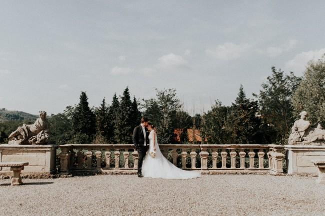 newlyweds on terrace of Villa Ponti Greppi