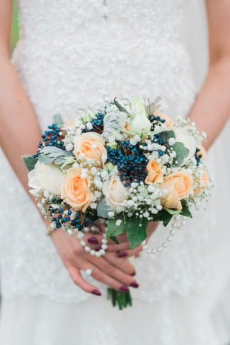 bridal bouquet with pearls