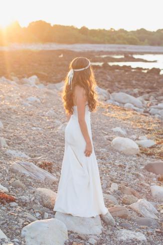 bride barefoot on beach