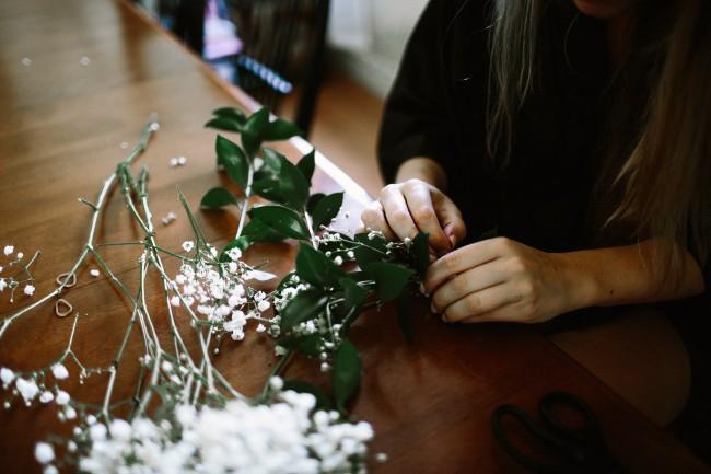 making bridal bouquet