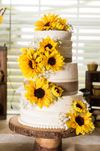 wedding cake with real sunflowers