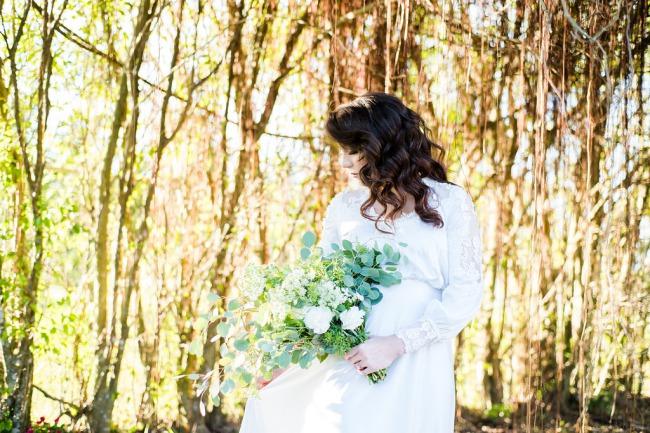 HoneyGreen Villa styled shoot bouquet