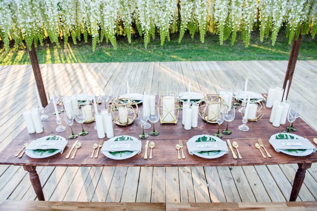 HoneyGreen Villa styled shoot tablescape