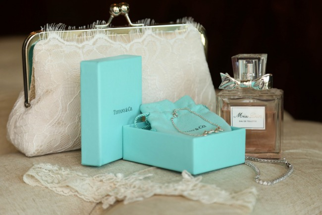 tiffany boxed necklace with clutch purse