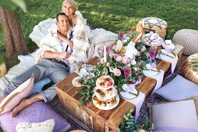 couple enjoy styled picnic