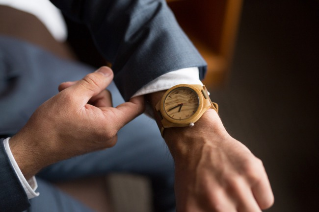 groom's wood watch