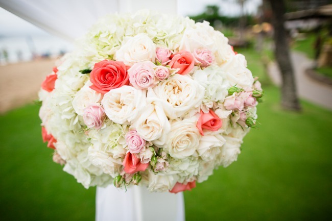 round ceremony bouquet