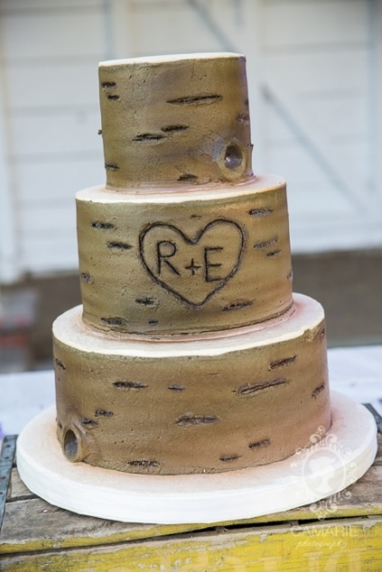 Wedding cake with couples initials