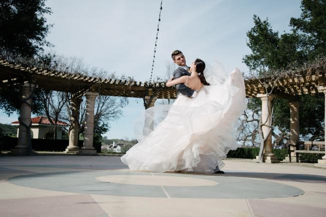 ballet inspired romance couple