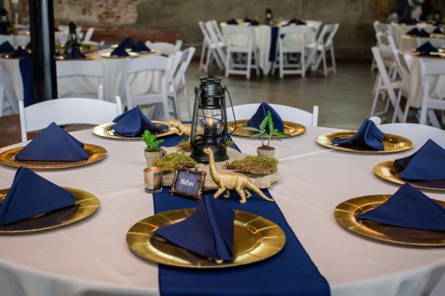 dinosaur themed table