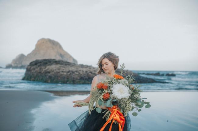 orange and black Oregon beach shoot