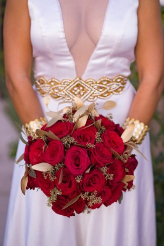 red roses and gold leafs