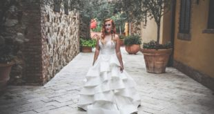 redhead model at Bella Collina
