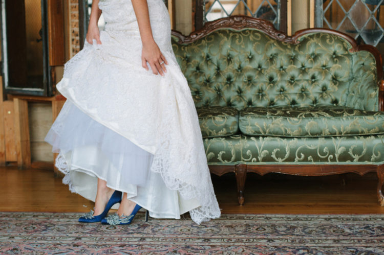 bride in blue manolo blahnik heels