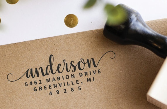 Guide to Personalized Wedding Stamps: Types & How to Use