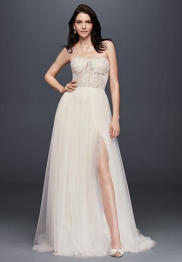 Romantic ​Wedding Dress Under $1000