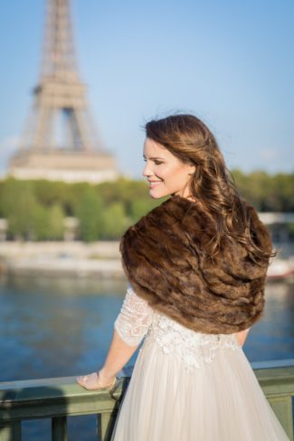 bride with shrug in Paris