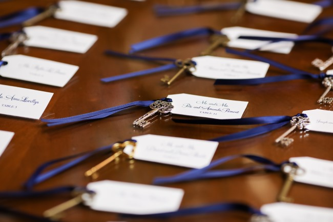 keys with tags as table seating cards