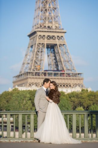 newlyweds with Eiffel Tower in background