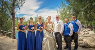 bridesmaids in cobalt blue dresses