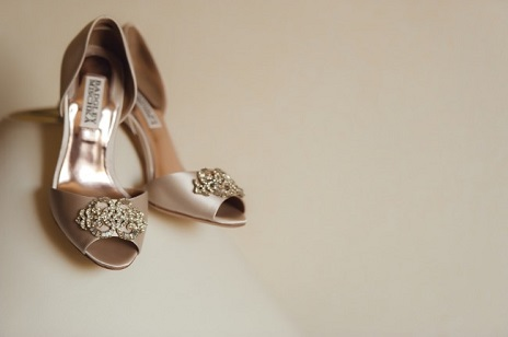 badgley-mischka-bridal-heels-with-toe-embellishment
