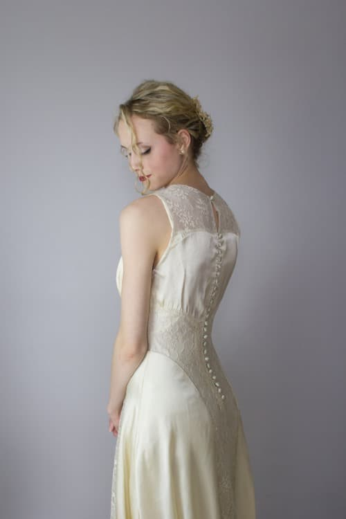 lace art deco wedding dress