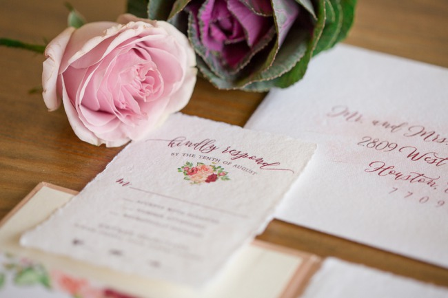 lovely red floral stationery set