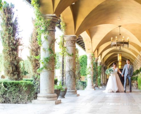 newlywed portrait at Villa Siena