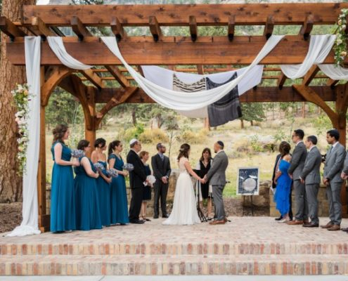 Outdoor ceremony at Della Terra Mountain in Colorado