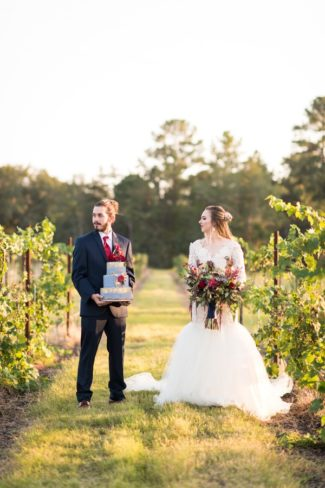 styled couple in Texas vineyard