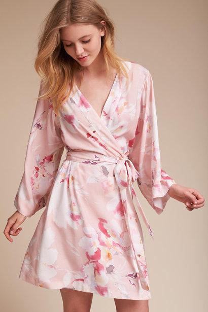 12 Silk Bridesmaid Robes for Stylish Wedding Prep! 52fdd4b2c