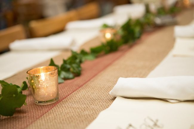 burlap-runner-with-votive-candles