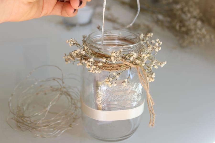 DIY wedding mason jar decor