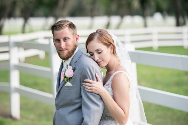 Plantation Oak Farms Wedding couple