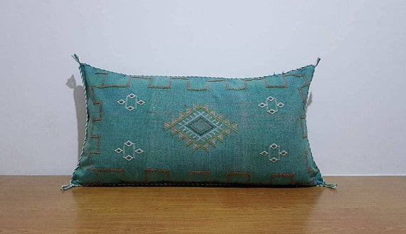 moroccan handmadE silk pillow for 4th wedding Anniversary