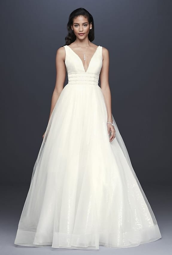 00a1e1a5b33 11 Perfect Wedding Dresses for a Second Trip Down the Aisle