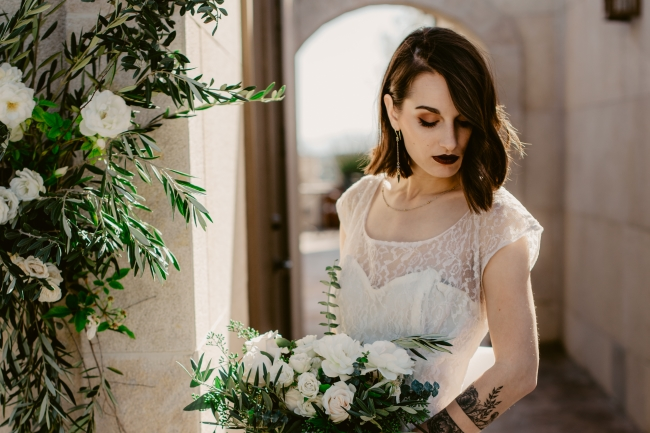 The Modern Romantic Shoot at Paso Robles Castle feature