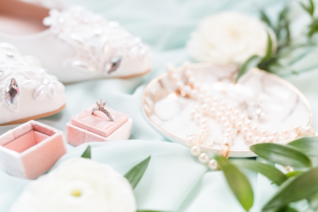Mint and Peach Nuptials in Downtown St. Petersburg feature
