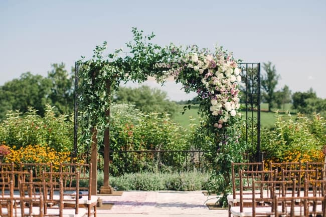 Virginia Countryside Jewish Wedding with Antique Details
